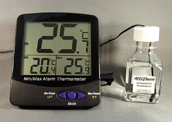 INCUBATOR THERMOMETER MIN/MAX/ CURRENT TRIPLE DISPLAY -50-70C